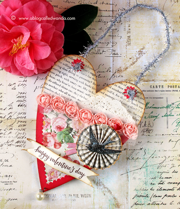 Pocket Valentine! Sizzix by Brenda Walton die. Made by Wanda Guess