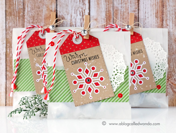 Christmas treat bags using Simon Says Stamp dies and stamps. Made by Wanda Guess #sssfave
