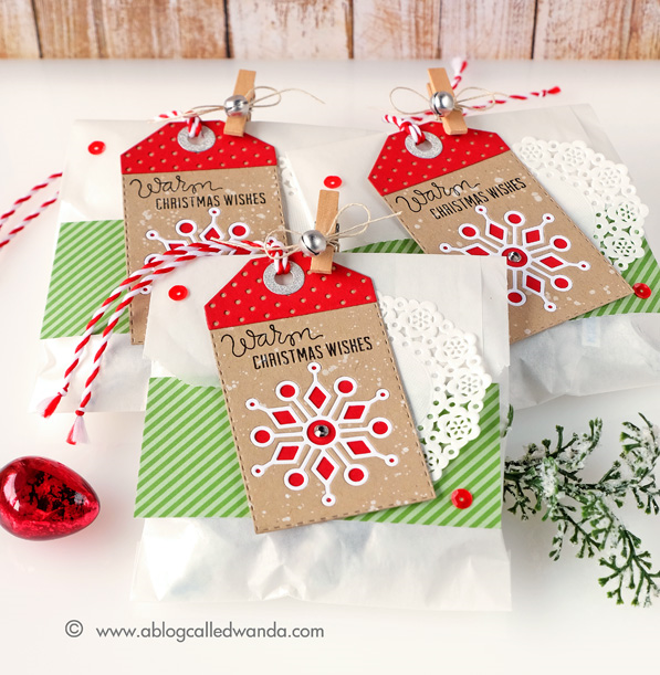 #sssfave Christmas treat bags using Simon Says Stamp dies. Made by Wanda Guess