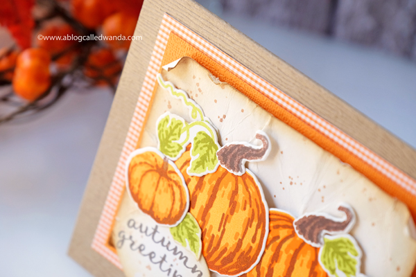 DISTRESS INK BACKGROUND. PUMPKINS CARD