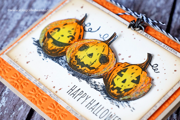Tim Holtz Halloween Pumpkins card. Distress Ink. Rosettes embossing folder