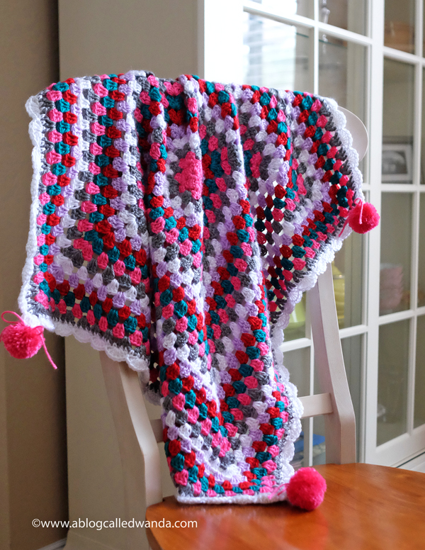 1A  baby blanket crochet granny square pattern caron yarn