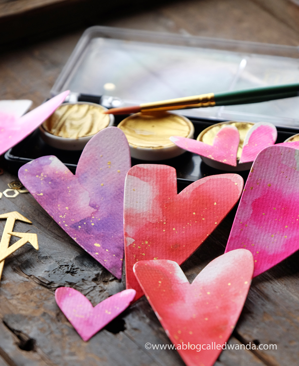 finetec gold paints. watercolor hearts. diy crafts and cards