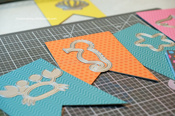 Queen and Company shaker card kits