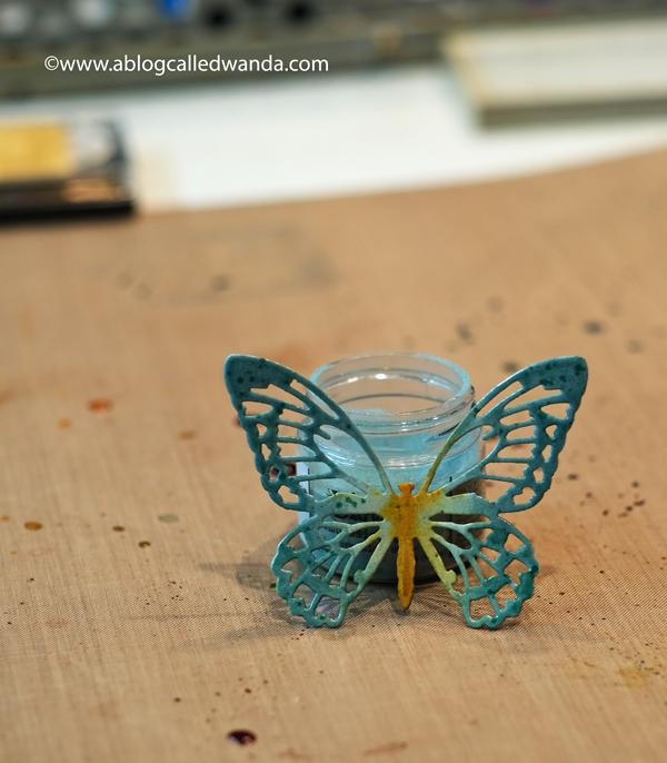Speckled Egg Embossing Glaze - Tim Holtz Detailed Butterflies