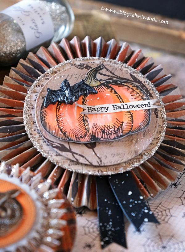 halloween, rosettes, medallions, paper rosettes, paper medallions, tim holtz, vintage halloween, halloween decorations, brenda walton dies, sizzix, glitter, ideaology, tim holtzt snarky cats halloween, pumpkinhead stamps, tim holtz halloween, halloween party ideas, vintage looking decorations, papercrafting, card making, wanda guess, a blog called wanda