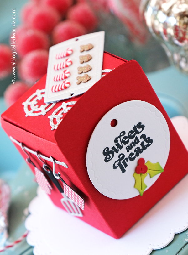 the greetery, stamps and dies, stencils, the greetery christmas time collection, winter, holiday, christmas cards, card ideas, oven die cuts, bake it merry, bake someone happy, paper crafting, cookies, wanda guess, a blog called wanda